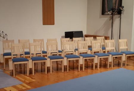Stolar i Blåsutkyrkan, Vänersborg